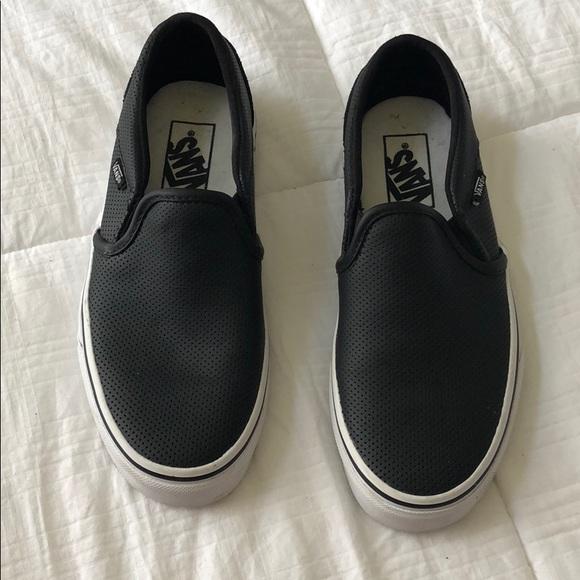 Vans Shoes - Vans 54e0eaeb0538